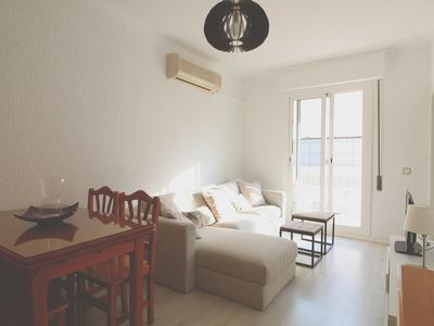 Photo for Central 2 bedroom apartment by the beach with wifi