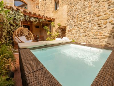 Photo for Typical town house just 20 minutes from the beach and Girona