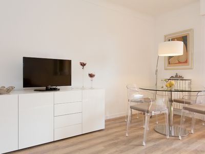 Photo for 53m2, located behind the Hôtel Martinez, near the Promenade de la Croisette