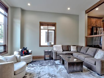 Photo for Modern 3 bedroom townhouse with brand new amenities