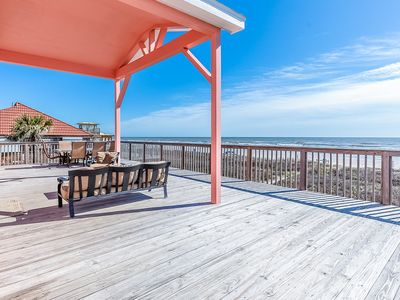 Photo for Dog-Friendly oceanfront home w/ panoramic views