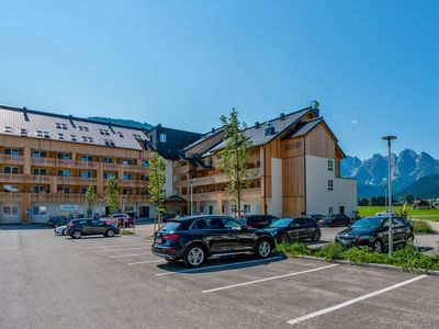 Photo for Attractive and spacious apartment in stunning Gosau near Hallstättersee lake