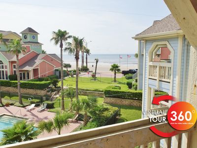 Photo for Ocean view condo that sleeps 4. Including a king size bed in the master.
