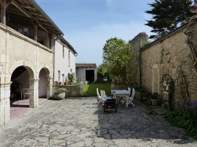 Photo for Ars-en-Ré, Big house of character, type family house with vast garden.