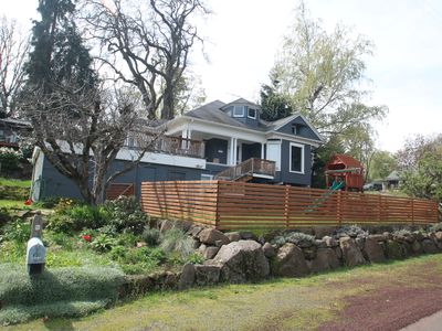 Photo for Great 2 bed, 2 bath Bungalow with an amazing view of the Columbia River!