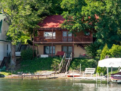 Photo for Pelican Cabin - Lakeside cabin complete with AC and paddle boat.