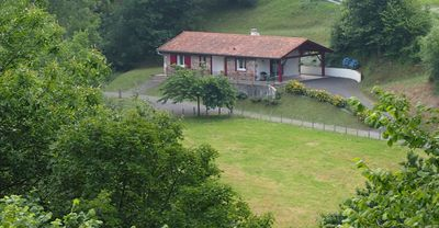 Photo for Independent bungalow in the middle of nature