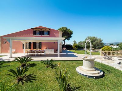 Photo for 4 bedroom Villa, sleeps 6 with Air Con, FREE WiFi and Walk to Beach & Shops