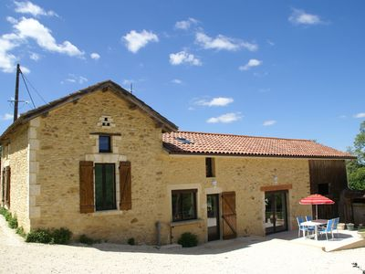 Photo for Beautiful holiday home with lovely hiking paths and close to touristic sites.