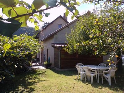 Photo for Gite Saint-Martin-Labouval, 2 bedrooms, 4 persons