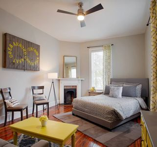 Photo for 2BR Townhome Vacation Rental in Savannah, Georgia