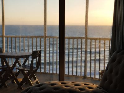 Photo for NEW LISTING! Penthouse Oceanfront, Newly Renovated 3/2, Pool, Saunas, Tennis Crt