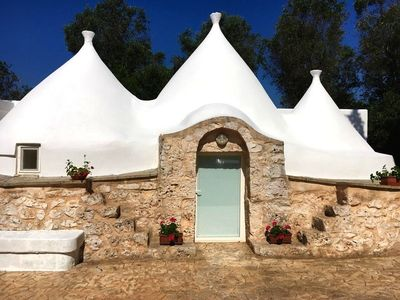 Photo for Spacious roundhouse (Trullo) with olive grove - Trullo Alec
