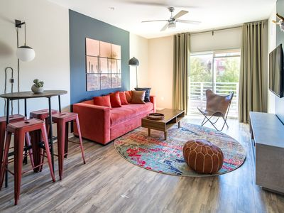 Photo for WanderJaunt | Olivine | 1BR | North Scottsdale