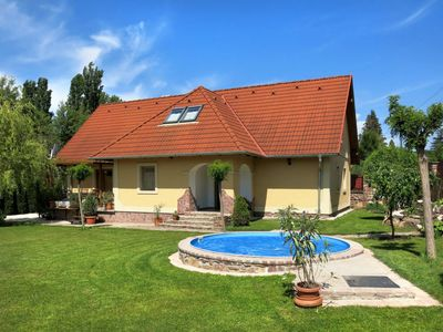Photo for Vacation home Horvath (ABR121) in Balatonfured / Abrahamhegy - 10 persons, 4 bedrooms