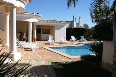 Attractive Poolside area with BBQ Kitchen