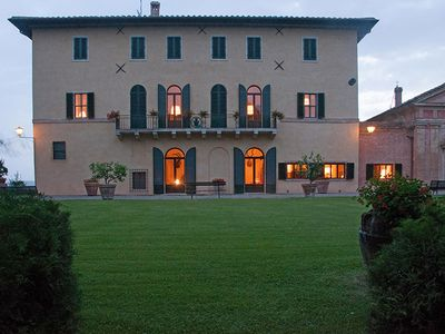 Photo for Monteroni d'Arbia Villa, Sleeps 13 with Pool, Air Con and WiFi