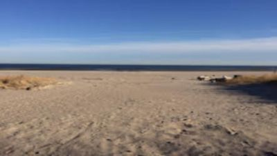 FANTASTIC BEACHFRONT HOUSE- BEAUTIFUL VIEW AND BEACH, COME ENJOY !!!!