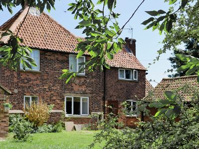 Photo for 3 bedroom property in All Nottinghamshire. Pet friendly.