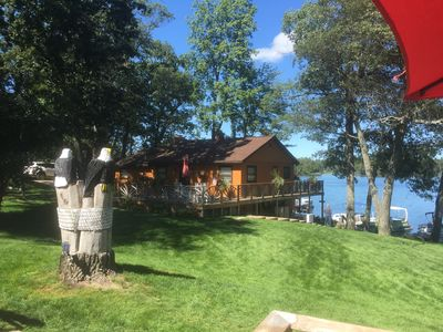 Gorgeous Lakefront Home with Two Bedrooms, Outdoor Hot Tub & Fireplace