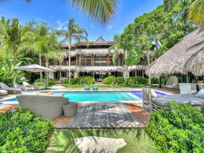 Luxury 6 bedroom villa with private pool in exclusive Punta Cana resort. Tortuga Bay C17