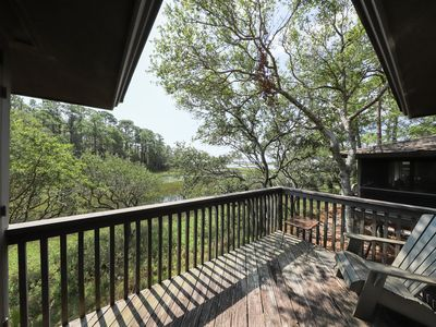 Photo for Lakeview getaway w/ shared pool - close to golf course and attractions! Dogs OK!