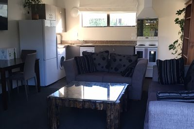 Kitchen,dining and lounge area