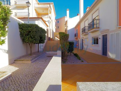 Photo for 2 bedroom villa 200 meters from the beach with access to heated pool