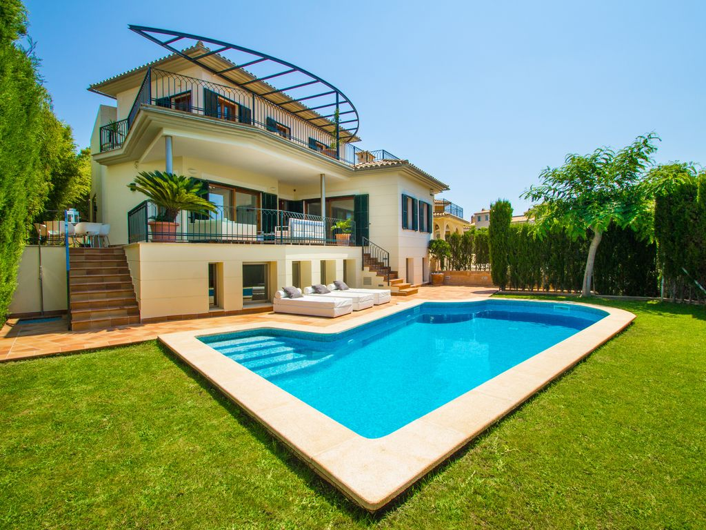 villa, with private pool, garden and golf views. palma de mallorca