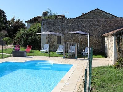Photo for CANDISS Charming stone cottage for an idyllic holiday in Périgord