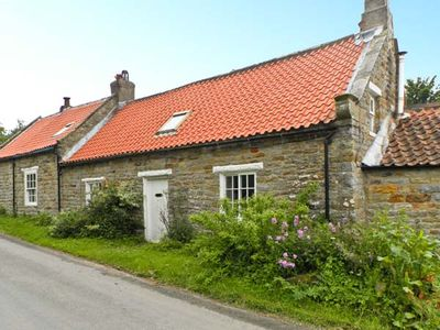 Photo for MAW'S COTTAGE, pet friendly in Harwood Dale, Ref 16884