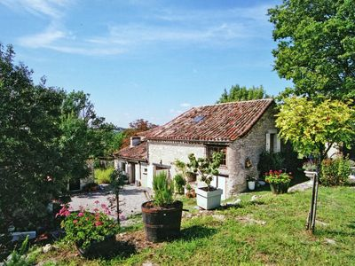 Photo for Characteristic house with swimming pool on stunning estate in quiet Touffailles