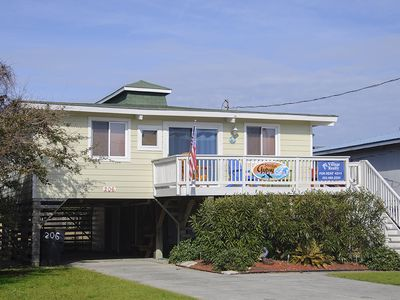 Photo for Surfin Gypsy: Cute oceanside, pet friendly home with a private hot tub.