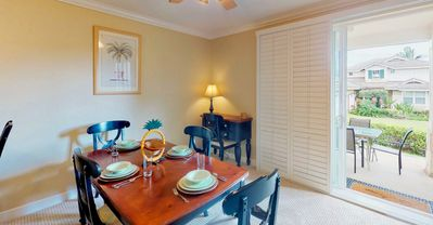 Large 3 Bed, 3 Bath Townhome with Garage, Sleeps Eight (1075C)