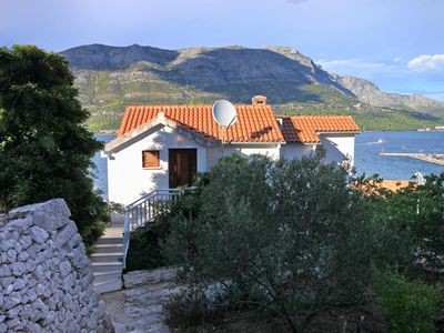 Photo for Three bedroom apartment with balcony and sea view Korčula (A-157-a)