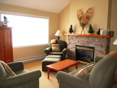 Photo for Big White Trappers Crossing 3 BR Loft Premium Condo for 8 + Hot Tub