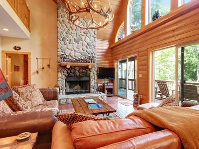 Photo for Spacious two story cabin w/private hot tub & pool table, close to tennis courts!