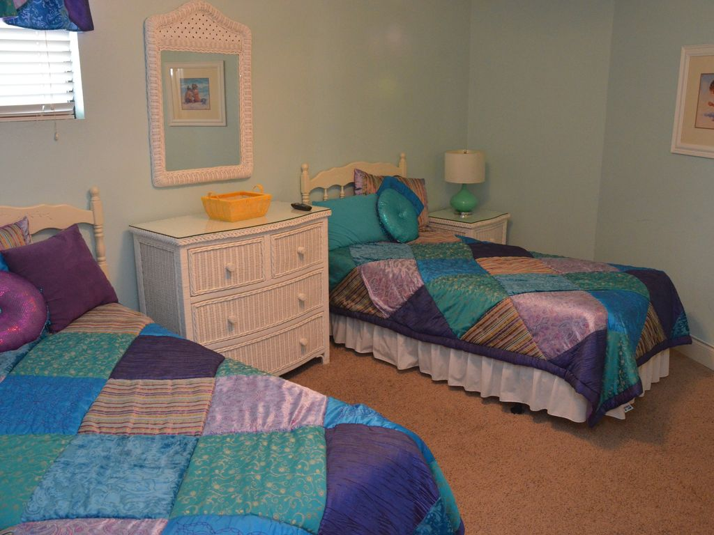 LARGE AND LOVELY 3 BEDROOM SUITE WAITING FOR YOUR ARRIVAL IN GARDEN CITY SC