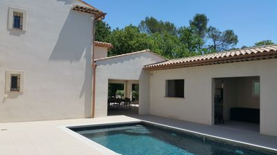 Photo for Villa with swimming pool, quiet and close to city center near Grasse and Cannes