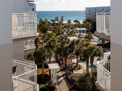 Photo for Bright, Welcoming Condo At Waterscape! Steps To Beach! Lazy River