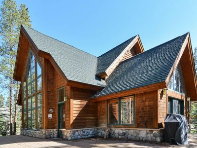 Photo for Mountain Sanctuary with Hot Tub only minutes from Breckenridge town