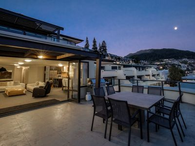 Photo for Sensational views | Perfect indoor-outdoor living | Ideal location