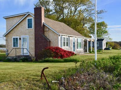 Charming Cape House, Waterfront, Quiet Location, Great Views