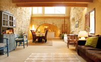 Beautiful and well equiped property in small quiet village