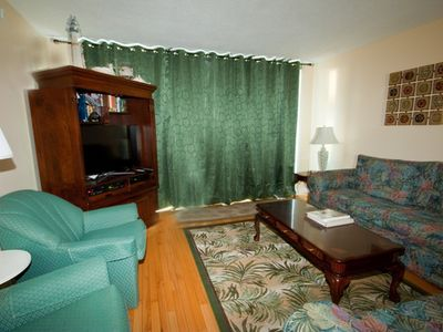 Photo for Ocean Oriented, Short walk to the beach & Coligny Plaza