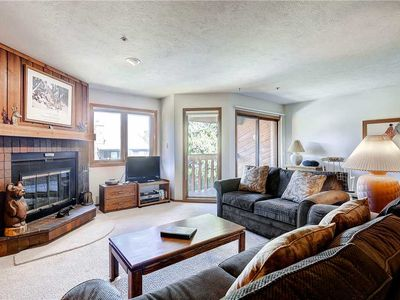 Photo for Great condo in town with on-call shuttle service, hiking & biking trails close by