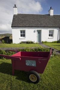 Photo for Peaceful cottage retreat on, beautiful car-free Easdale