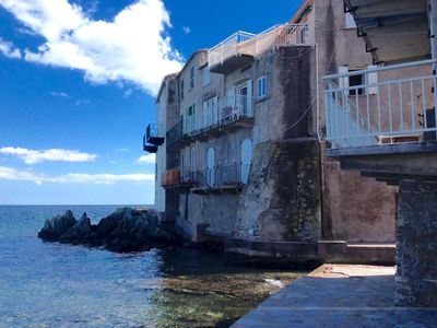 Photo for Charming apartment of 45 m2 on the port, fully equipped, 1st floor, tnt, internet.