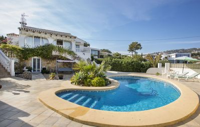 Photo for Villa Alzina - Villa with private pool near the beach