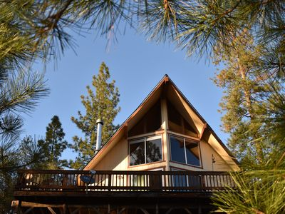 Charming Mountain View Cabin Near Yosemite and Pine Mountain Lake